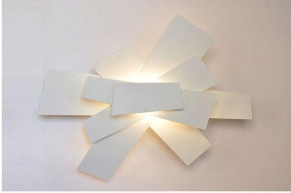 applique fabbrica lampadari la luce. Black Bedroom Furniture Sets. Home Design Ideas
